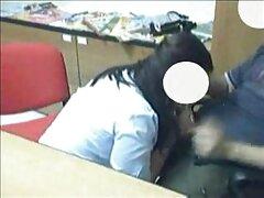 Biondo masturbarsi video erotici lesbiche su webcam destra su il workplace