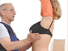 Massaggio vagina giovane leads video lesbiche hard a un ottimo orgasmo