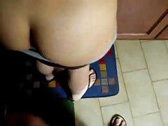 La ragazza con il culo video lesbo mamma e figlia di una splendida mostra se stessa in webcam