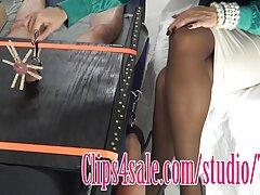 Cajole e scopata sottile bellezza sesso lesbo selvaggio sul tappeto