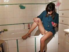 Mzhm in video italiane lesbiche albergo