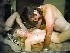 Porno video lesbiche amatoriali bellissimo con brunetta procace