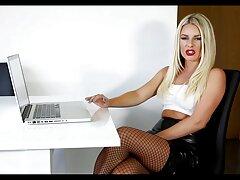 Cazzo con video lesbiche xxx giovane bionda durante un massaggio