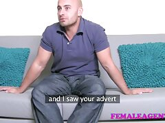 Avvolgere un giocattolo dal sex shop con la moglie film lesbo hot