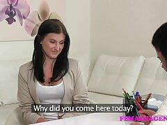 Leccare la video lesbo mamma figlia figa pelosa insegnante