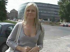 La video lesbiche tettone coppia del campus decide di fare un video di sesso chiamare un operatore video
