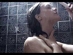 La madre fuori dal corpo nudo di video lesbo megasesso suo figlio