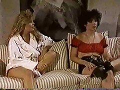 Bruna sexy lesbiche trans video prendere in giro un ragazzo
